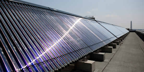 Large solar water heater system