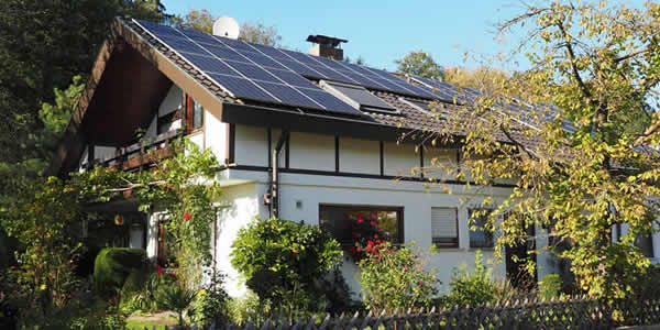 Photovoltaic solar system on a roof